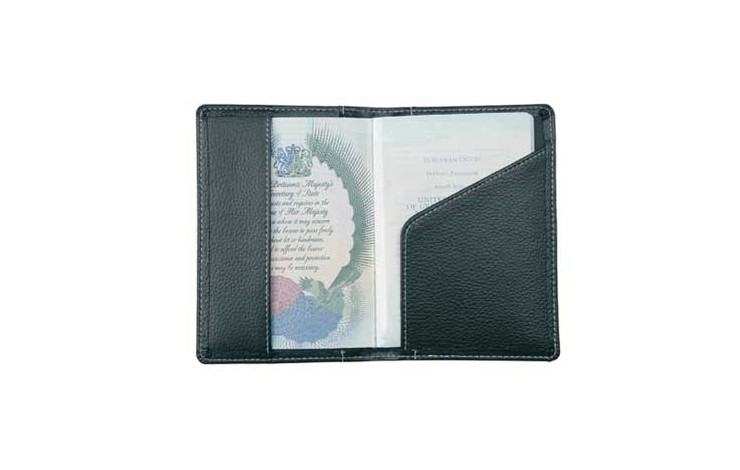 Penshurst Passport Holder