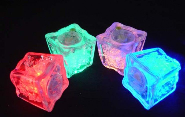 Flashing Reusable Ice Cubes
